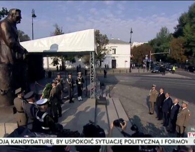 Komorowski złożył kwiaty przed pomnikiem Józefa Piłsudskiego