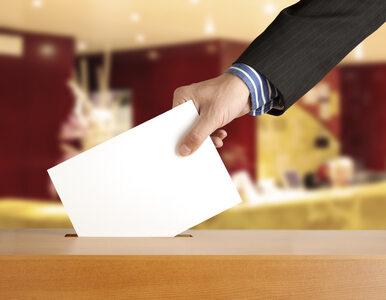 """""""Referendum w dniu wyborów? Jedna komisja, jedna urna, dwie frekwencje"""""""