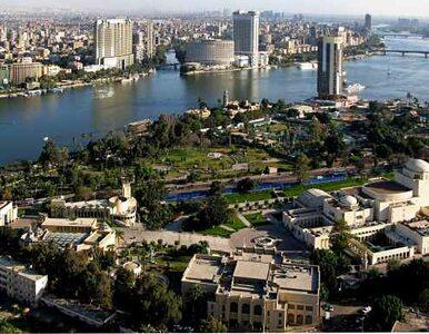 Egipt: szturm na ambasadę Izraela. Policja użyła broni