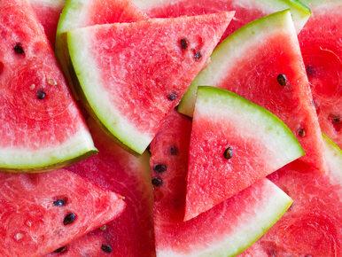 Ile kalorii ma arbuz i czy można jeść go bez umiaru?