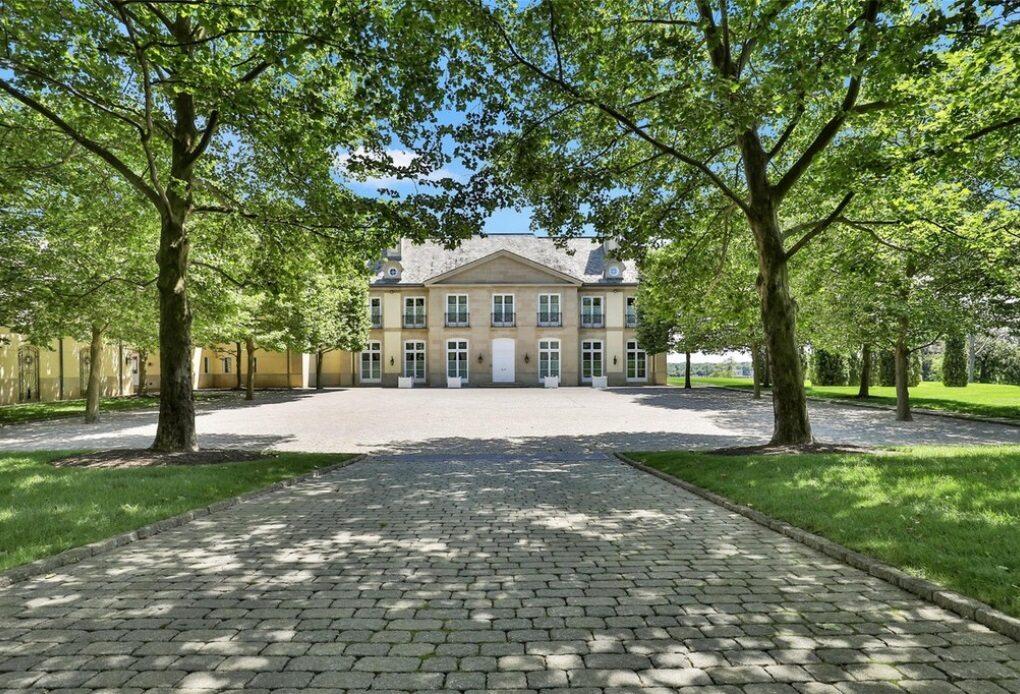 Jon Bon Jovi sprzedaje dom w Middletown