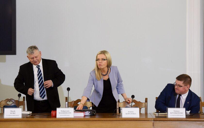 Członkowie komisji ds. Amber Gold, od lewej: Marek Suski, Małgorzata Wassermann i Tomasz Rzymkowski
