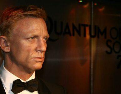 James Bond z kuflem piwa zamaist kieliszka martini ?