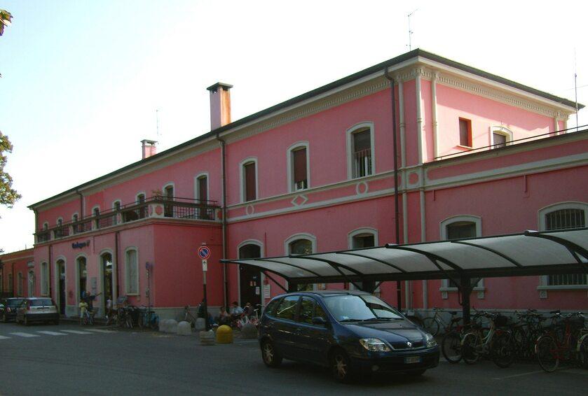 Stacja kolejowa w Codogno