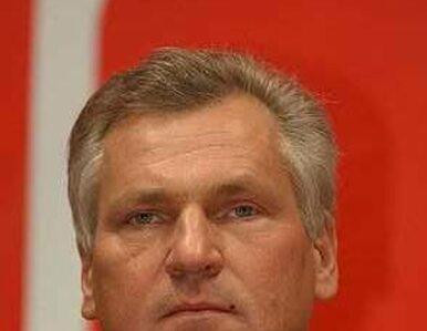Sondaż: Kwaśniewski ośmieszył Polskę