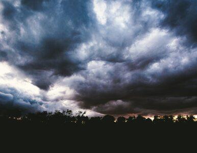Chłodny front atmosferyczny i przelotne opady. Pogoda nie będzie nas...