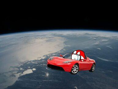 Starman poleciał w kosmos w kabriolecie Tesla Roadster. Internauci...