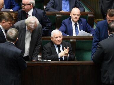 Rewolucja Kaczyńskiego. Ministrowie oddadzą nagrody. Na tym jednak nie...