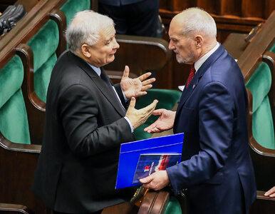 """""""Dlaczego Kaczyński znosi Macierewicza? Jeden na drugiego ma jakieś..."""