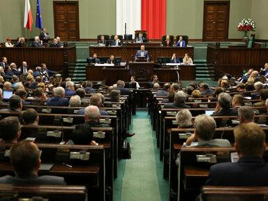 """Sejm zajmie się ustawą o statusie sędziów TK. """"To już nawet nie jest..."""