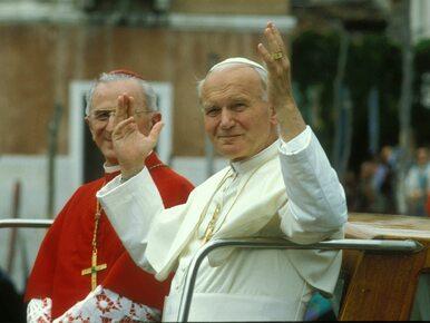 Krzyż z pomnika Jana Pawła II ma zostać usunięty. Jest werdykt w tej...