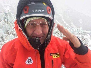 Denis Urubko samotnie idzie na szczyt K2. Nowe informacje od kierownika...