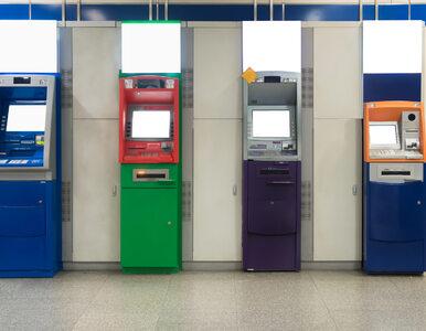 Uwaga na podejrzane zachowania przy bankomacie. Rośnie popularność...