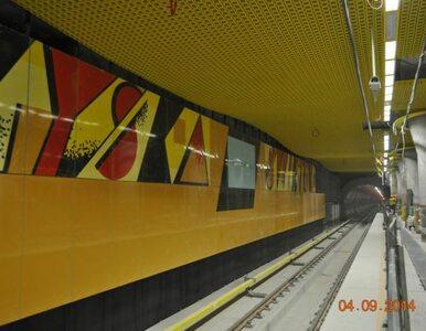"""Opóźnienia na II linii metra. """"Mówiliśmy, że kończenie budowy nie ma..."""
