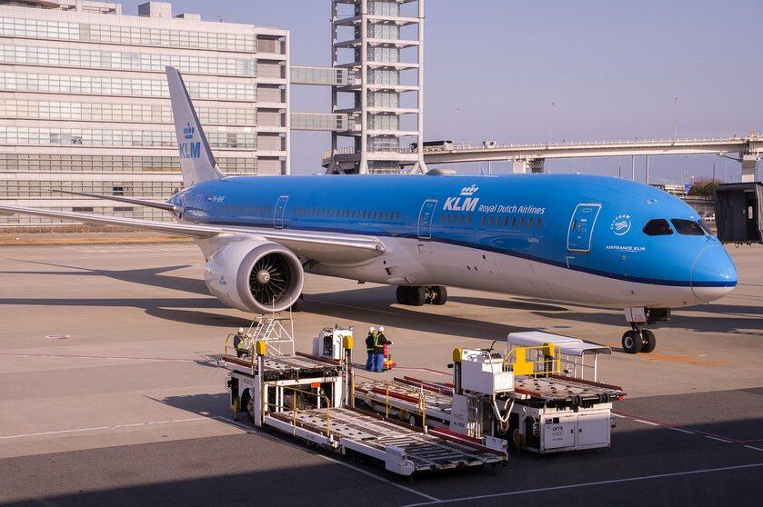 Samolot KLM - zdjęcie ilustracyjne