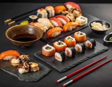 """Zjadł 100 porcji sushi w ramach akcji """"płać raz i jedz, ile chcesz""""...."""