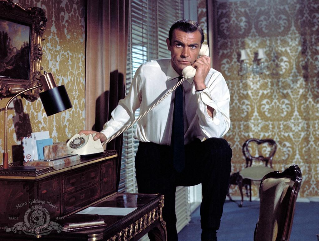 """Sean Connery w filmie """"Pozdrowienia z Rosji"""" (1963)"""