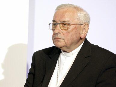 """""""Dyktaturę już mamy"""". Bp Pieronek jako dowód wskazuje zachowanie..."""