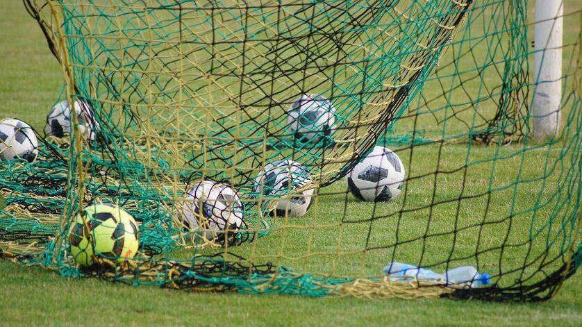 Trening piłkarski, zdjęcie ilustracyjne