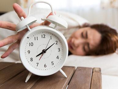Lubisz późno chodzić spać? Naukowcy ostrzegają przed poważnymi...