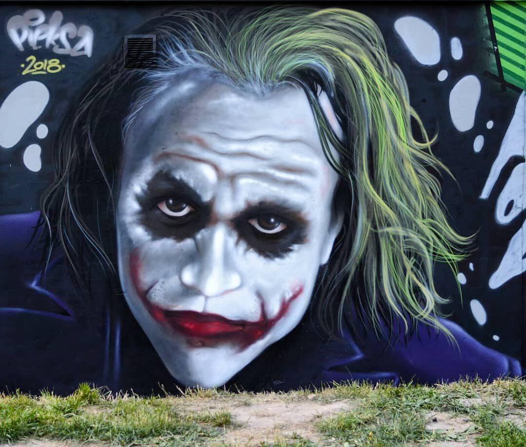Artysta przedstawia na graffiti gwiazdy i postaci z seriali