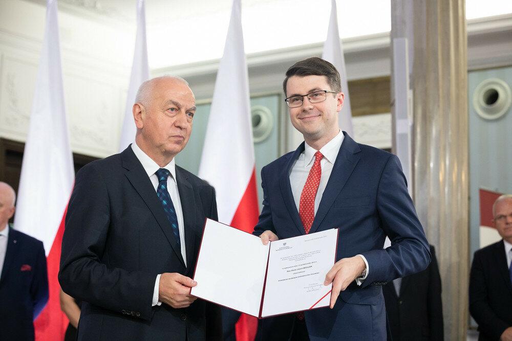 Piotr Müller odbiera nominację poselską