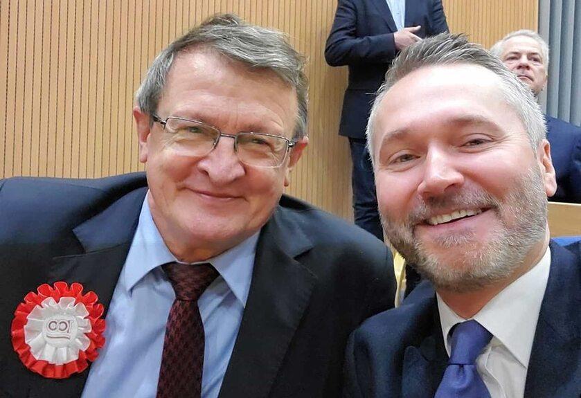 Jarosław Wałęsa i Tadeusz Cymański na wspólnym selfie