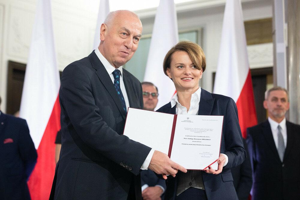 Jadwiga Emilewicz przyjmuje nominację poselską