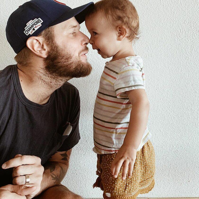 Olive Alayne z tatą