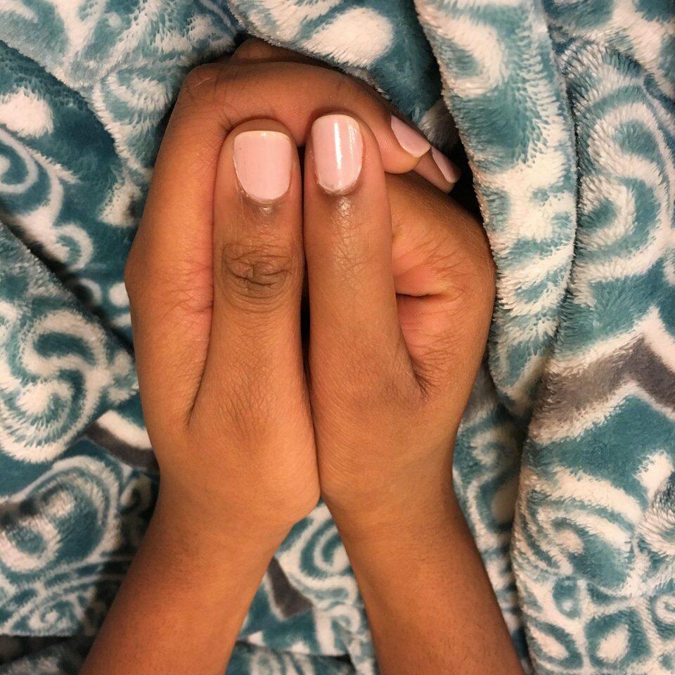 Jej kciuk się nie zgina